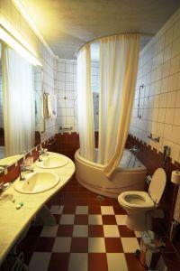 hotel-bathroom-919450-m